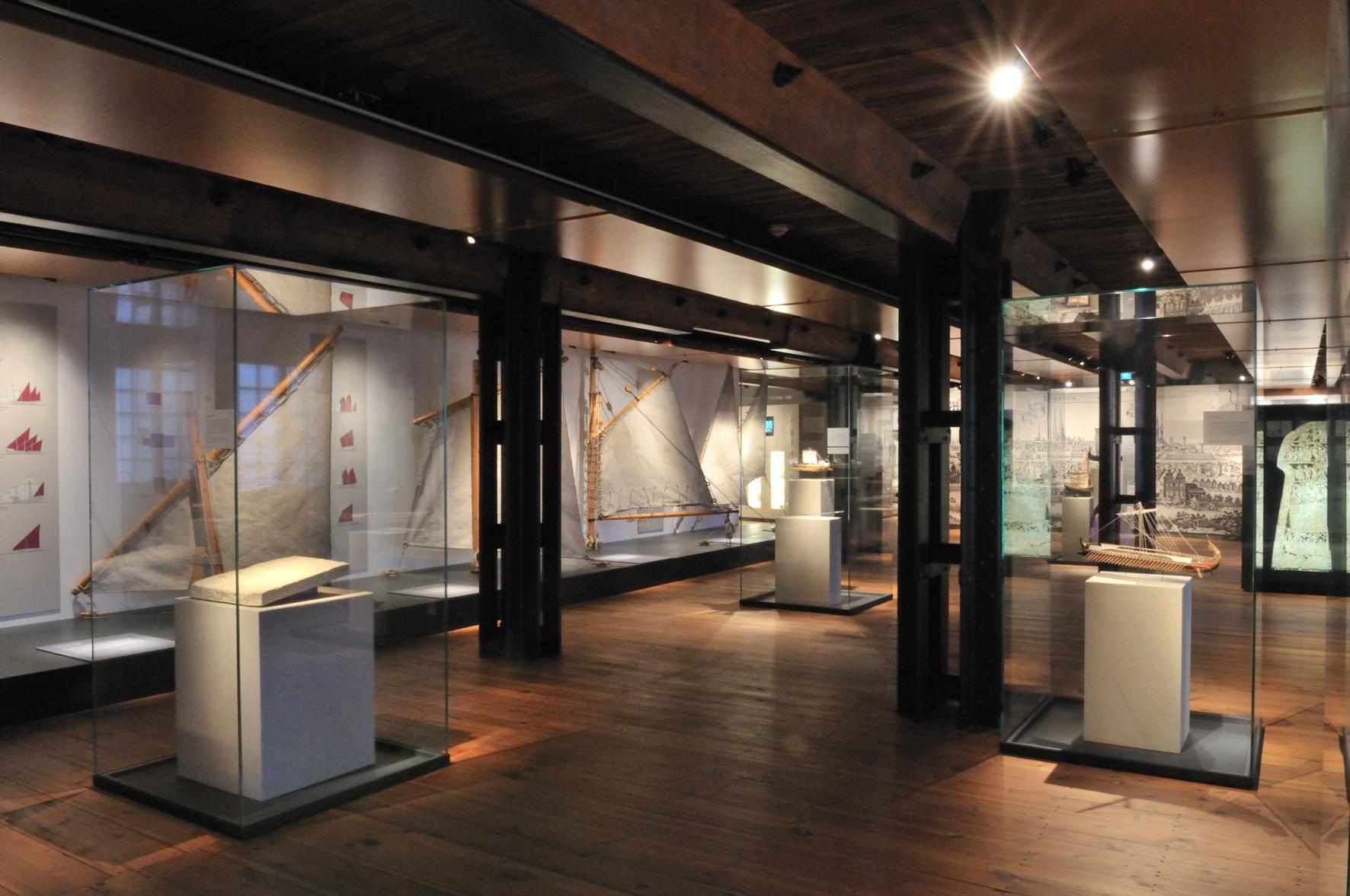 08.kwod_Ausstellung_Internationales_Maritimes_Museum_Takelage