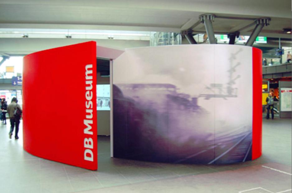 kwod_Ausstellung_Deutsche Bahn_Entschleuniger_Berlin_Hauptbahnhof
