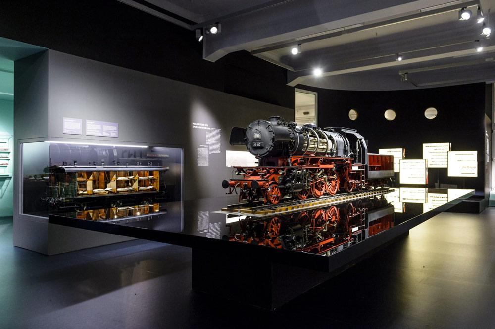 kwod_Ausstellung_Deutsche-Bahn_Museu-m_Nürnberg_Modellarium_1zu5_Lok