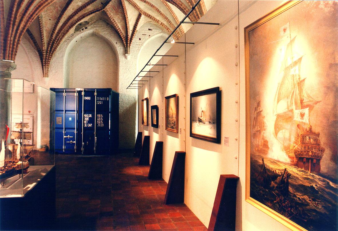 kwod_Ausstellung_Hanse_Wege_zur_Back steingotik_Stralsund_Gemäldewand