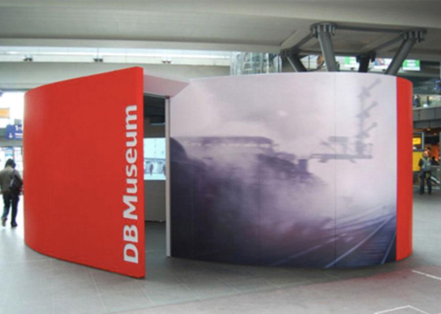 _0009_kwod_Ausstellung_Deutsche Bahn_Entschleuniger_Berlin_Hauptbahnhof